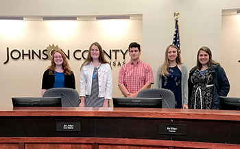 4-H youth at Johnson County BOCC meeting