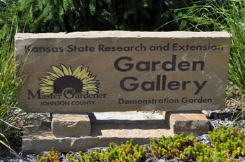 Stone sign to Garden Gallery