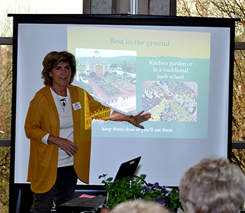 Extension Master Gardeners speaker at Healthy Yards Expo